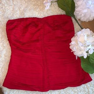 The Limited Strapless Red top Large NWT